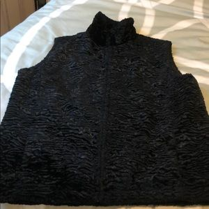 Black Faux Fur Soft w/Decorative Lining-Large